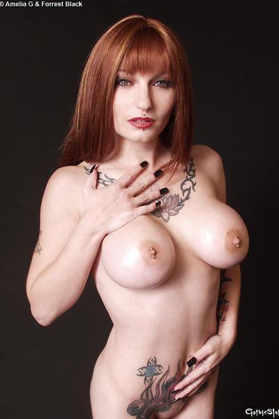 nude girl in subway