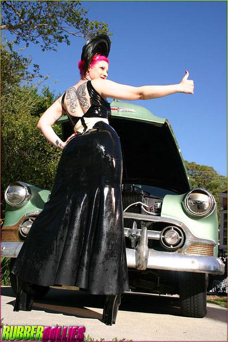 Even Tattooed Kinky Girls Need a Ride Sometimes