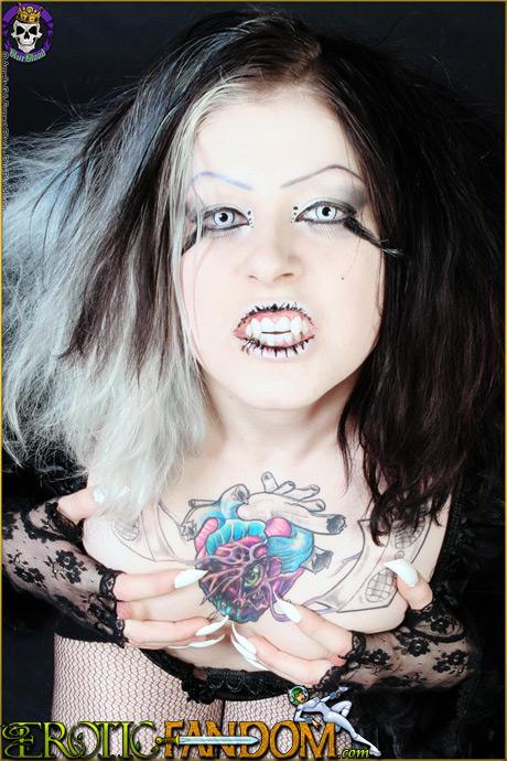erotic fandom mad sophie vampire