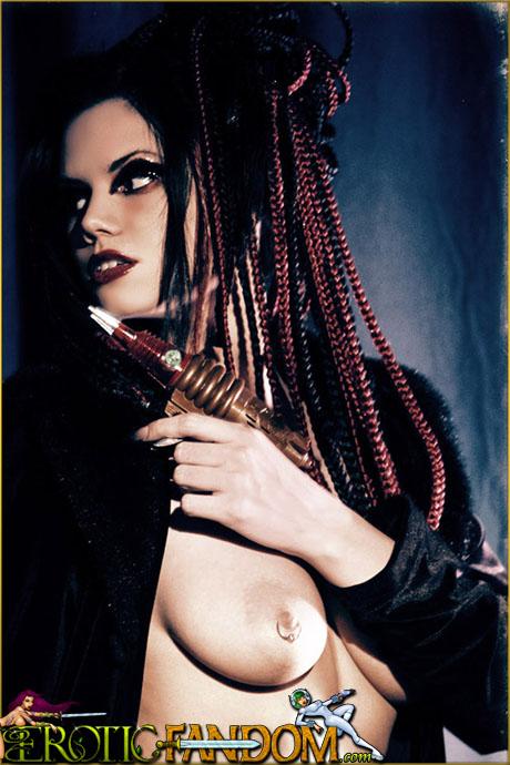EroticFandom Azrielle Totes Raygun
